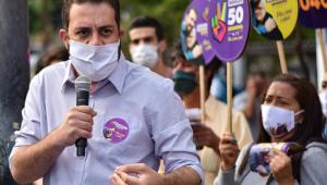 Boulos acusa Covas de esconder Doria em suas propagandas eleitorais