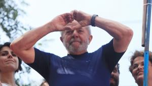 PT questiona candidatos a prefeito que não usam campanha para defender Lula