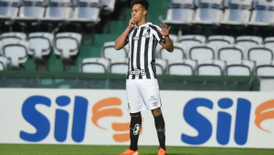Em boa fase, Kaio Jorge projeta jogo especial na Libertadores: 'Darei o meu melhor'