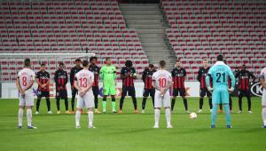 Na Liga Europa, jogadores do Nice prestam minuto de silêncio por vítimas de ataque em Basílica