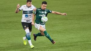 Palmeiras perde para o Coritiba e sofre 3ª derrota seguida no Brasileirão