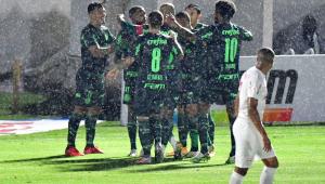 Palmeiras decide em 27 minutos e vence RB Bragantino por 3 a 1 na Copa do Brasil