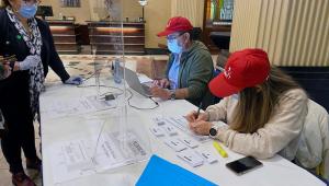 Em plebiscito histórico, chilenos decidem neste domingo mudança da Constituição
