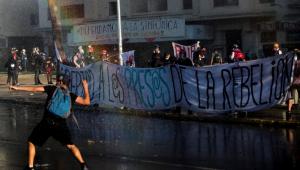 Covid-19: Após imposição de toque de recolher, Itália registra protestos violentos
