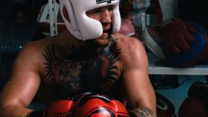 UFC: Conor McGregor volta aos treinos e luta contra Dustin Poirier deve acontecer em janeiro