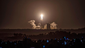 China lança sonda espacial Chang'e-5 para coletar amostras na Lua