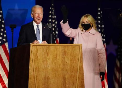 Com cinco estados indefinidos, Joe Biden segue à frente nos Estados Unidos
