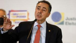 Barroso: Brasil vive momento de retrocesso diante de 'aceitação do inaceitável'