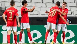Com 17 casos de coronavírus, Benfica pede adiamento de jogos em Portugal