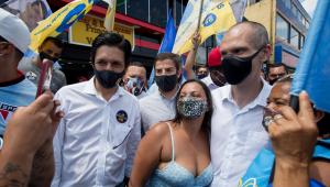 Cobrado por comerciantes, Covas minimiza risco de lojas fecharem por piora da pandemia