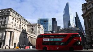Boris Johnson anuncia regras para ceia de Natal; celebrações de Ano Novo serão restritas