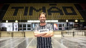 Duílio Monteiro Alves é eleito o novo presidente do Corinthians