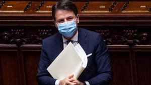 Primeiro-ministro da Itália, Giuseppe Conte renuncia