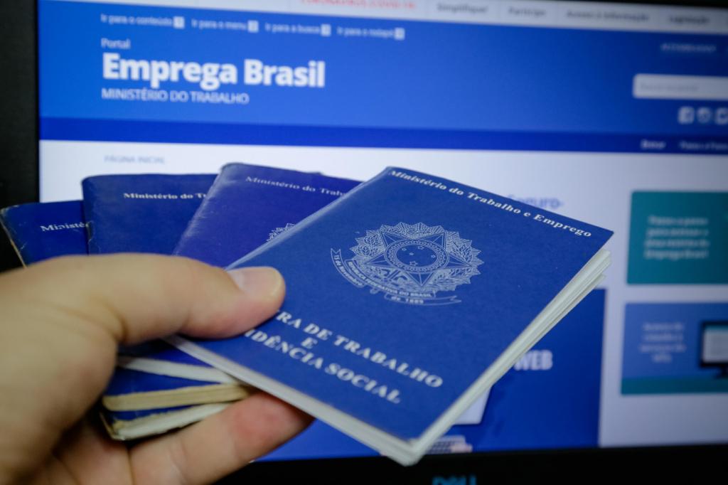 Brasil registra maior taxa de desemprego desde 2012, aponta IBGE – Jovem Pan