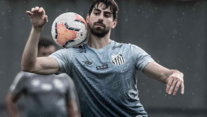 Luan Peres volta aos treinos e poder reforçar o Santos na Libertadores