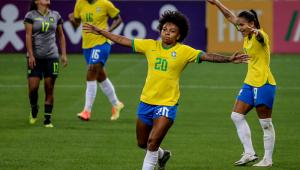 De uniforme novo, seleção feminina goleia Equador por 6 a 0 em amistoso
