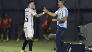 Com homenagem de Renato a Maradona, Grêmio vence na Libertadores