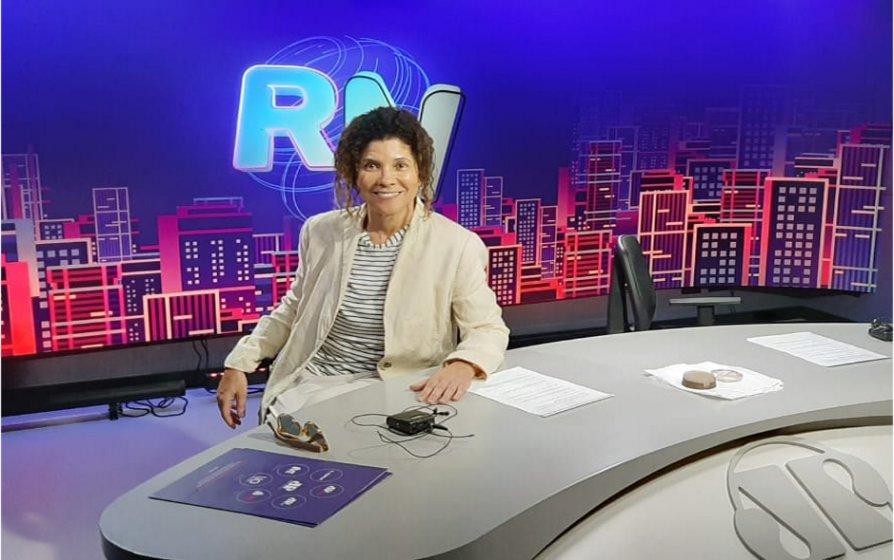Ruth Guzmão - Estúdios da Jovem Pan de São Paulo - a rádio que virou TV