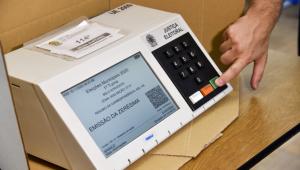 Às vésperas do 2º turno, desafio do TSE é responder questionamentos sobre segurança das urnas eletrônica