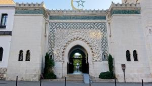 Investigação sem precedentes pode fechar 76 mesquitas na França
