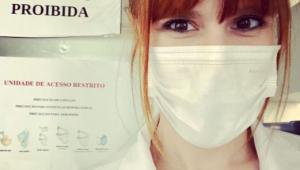 Enfermeira e professora, Ana Carolina Silva conta como concilia carreiras tão agitadas