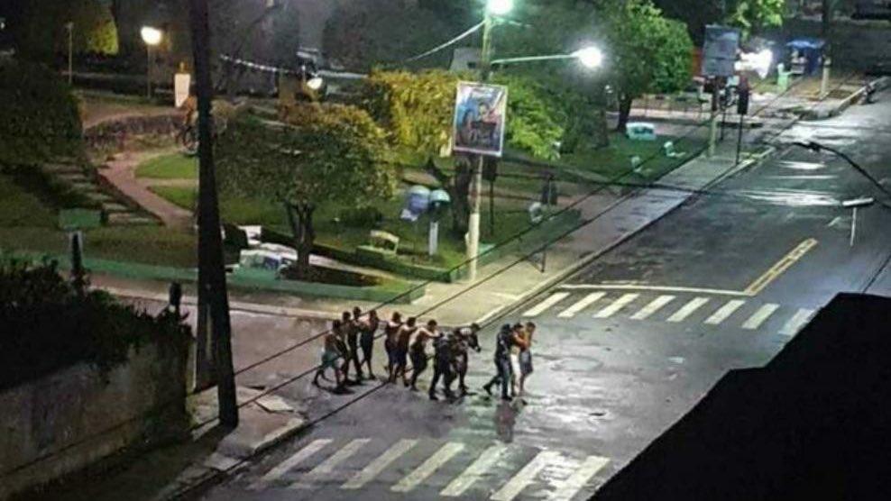 Um dia após Criciúma, Cametá, no Pará, é aterrorizada por quadrilha de  assalto a bancos | Jovem Pan