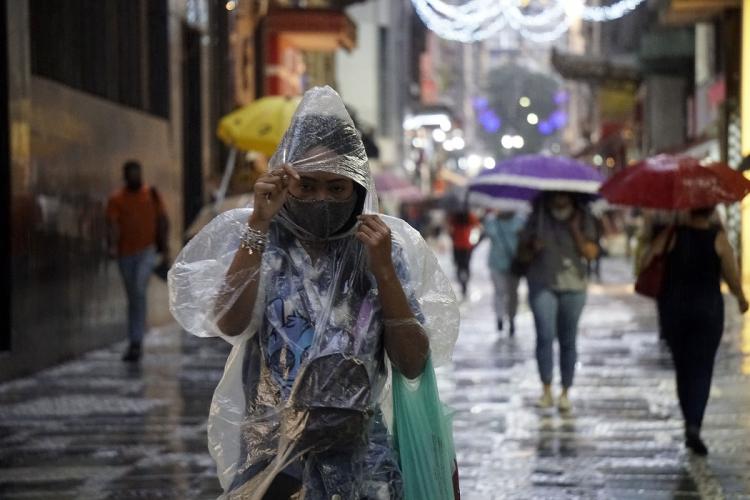 Após chuvas, CGE encerra estado de atenção em São Paulo