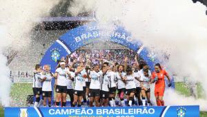 O time feminino do Corinthians comemora o título do Campeonato Brasileiro 2020