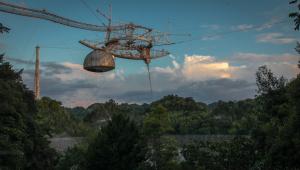Segundo maior radiotelescópio do mundo desaba em Porto Rico; veja vídeo