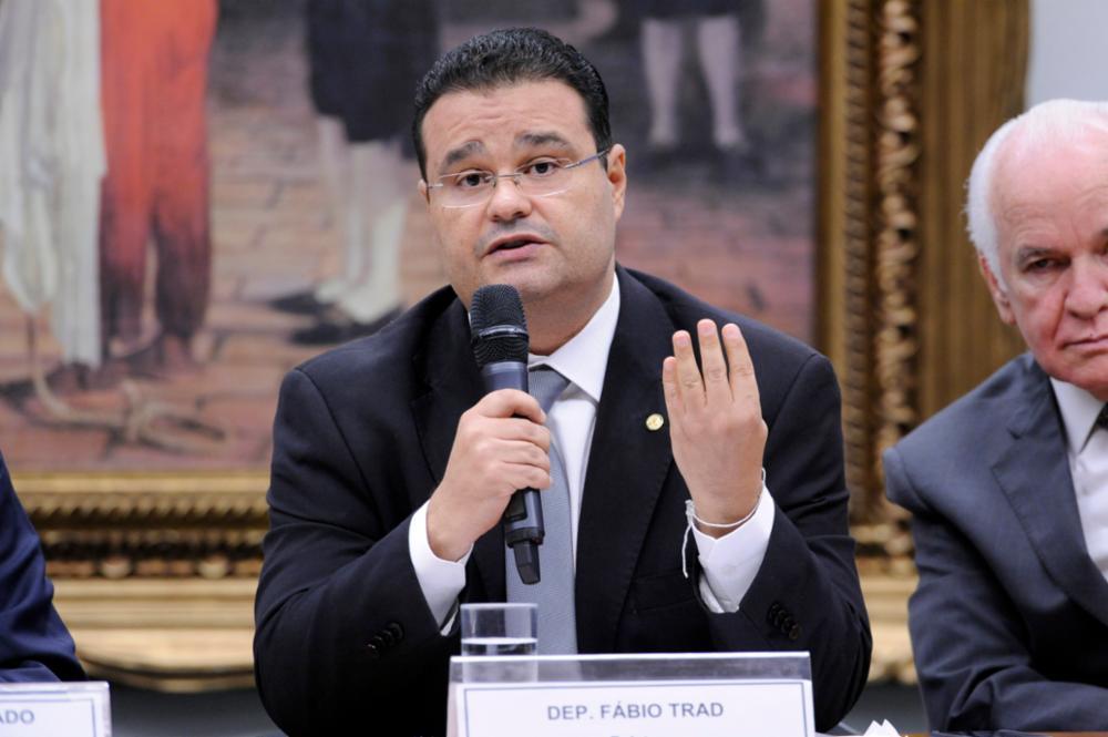 O deputado federal Fábio Trad fala durante sessão na Câmara dos Deputados