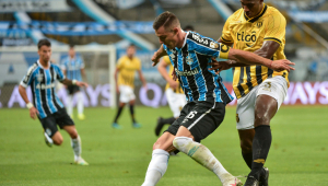 Grêmio vence Guaraní de novo e enfrenta o Santos nas quartas da Libertadores