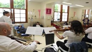 Projeto usa tecnologia para levar música clássica a hospitais de SP