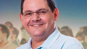Irmão de Alcolumbre, Josiel lidera pesquisa com 28% dos votos válidos em Macapá
