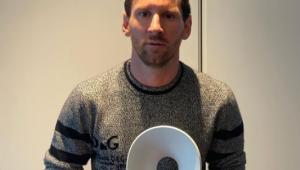 Messi recebe prêmio por jogo limpo em campo e iniciativas sociais