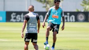 Ainda sem o zagueiro Jemerson, Corinthians treina já pensando em clássico