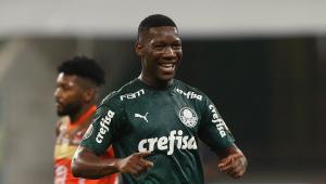 Recuperado da Covid-19, Patrick de Paula volta a treinar no Palmeiras