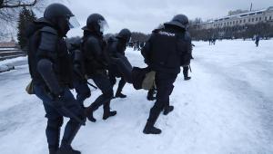 Manifestações contra prisão de Navalny na Rússia têm centenas de pessoas detidas