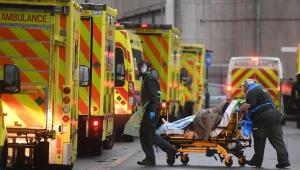 Reino Unido registra 1,6 mil mortes por Covid-19 e bate novo recorde diário