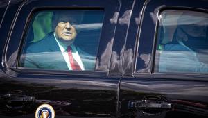 Impeachment de Trump será entregue ao Senado na segunda-feira