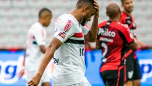 Após tropeços, São Paulo vê chances de ser campeão do Brasileiro diminuírem