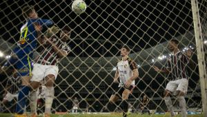 Fluminense derrota Sport por 1 a 0 e segue na cola do G-6 do Brasileirão