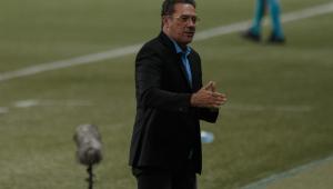 Luxemburgo não chega a acordo com Vasco e se despede da equipe após jogo com Goiás
