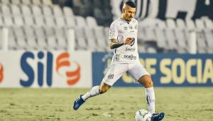 Diagnosticado com Covid-19, Alison deve desfalcar Santos na final da Libertadores