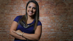 Após superar crises, Amanda Brandão diz que mundo corporativo deve ser 'leve e enriquecedor'