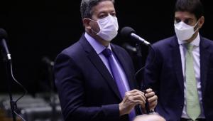 Lira convida governadores para conversar sobre medidas para minimizar crise da Covid-19