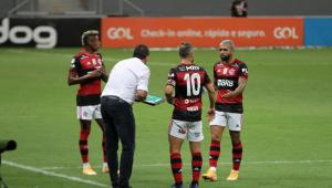 Rogério Ceni diz que Flamengo 'tem tudo' para ganhar o octa do Campeonato Brasileiro