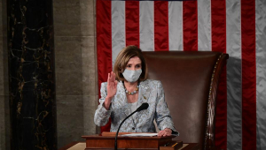 Nancy Pelosi é reeleita na Câmara dos EUA