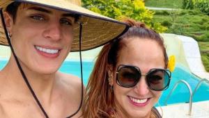 Após polêmica separação, Tiago Ramos se derrete por mãe de Neymar: 'A flor mais bela'