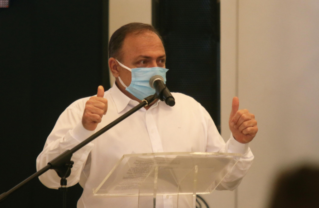 Augusto Nunes: Pazuello fez o que pôde, mas agora deve dar espaço ao novo ministro
