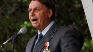 Em evento com militares, Bolsonaro diz zelar por união e harmonia do país